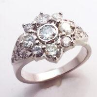 Dia Ring Cluster